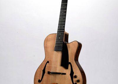 julio-malarino-luthier-archtop-01