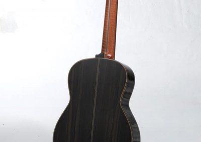 julio-malarino-luthier-clasica-12